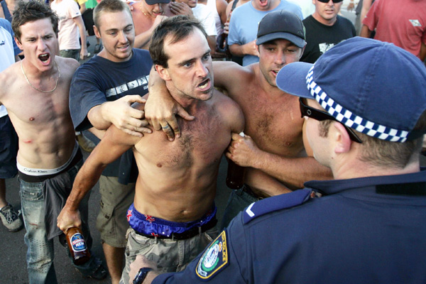 the cronulla riots - only a surfer knows the feeling (1/4)